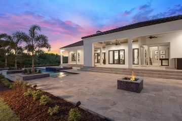 1461043962_16element_model_home_luxury_windermere