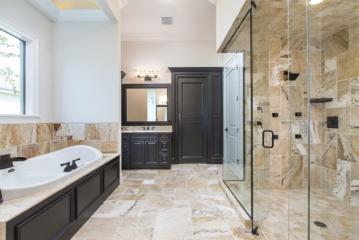016_Master-Bathroom