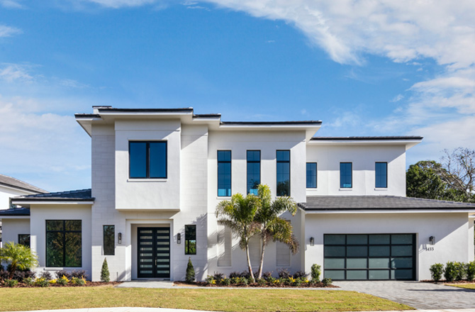 TRANSITIONAL HOME IN THE RESERVE AT INTERLACHEN
